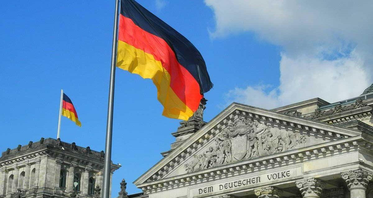 Alman devlet kurumlarına resmi tavsiye: Facebook, Instagram, Clubhouse ve TikTok hesaplarınızı kapatın